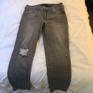 Zara Jeans - Women's ripped denim jeans